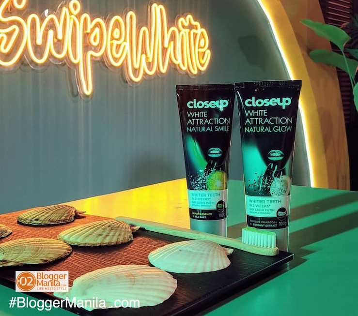 Close Up White Attraction -Natural Glow